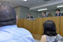 Comissão de Transporte, Comunicação e Obras Públicas - debate sobre os preços estabelecidos pelos centros de formação de condutores