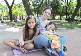 Luciane Rabelo relata que seus filhos e enteados têm predileção pelas fontes da Praça Carlos Chagas