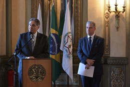 Assinatura de projeto de lei sobe sistema de vagas e programas de assistência estudantil na Uemg e Unimontes