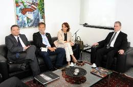 Presidente da ALMG recebe vice-governadora do Ceará