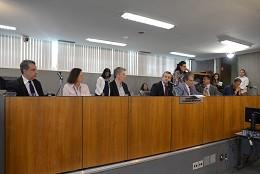 Comissão de Defesa do Consumidor e do Contribuinte - debate sobre fraudes em balanças de estradas