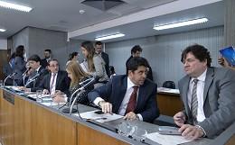 Comissão de Administração Pública - análise de proposições