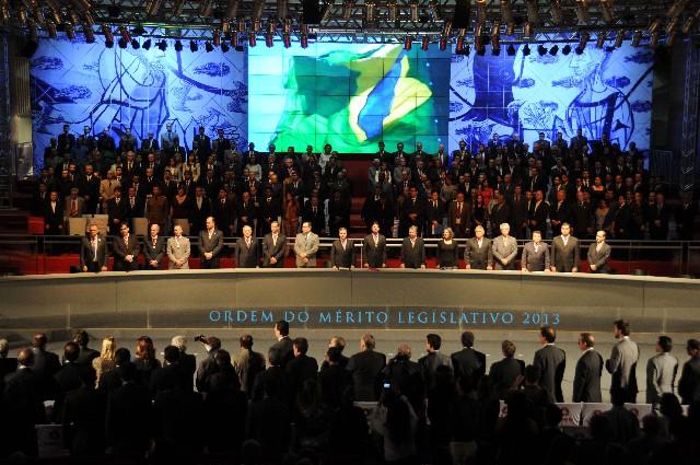 A solenidade, realizada no Expominas, foi conduzida pelo presidente da ALMG, deputado Dinis Pinheiro