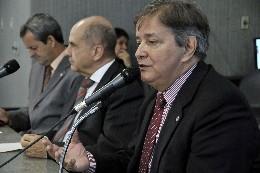 Comissão de Saúde - debate sobre o andamento das obras de construção dos hospitais regionais no Estado