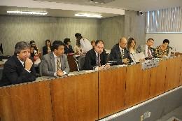 Comissão de Saúde - debate sobre o processo de credenciamento de novos serviços no Sistema Único de Saúde - SUS