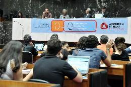 Participantes defendem o marco para assegurar a liberdade de expressão, a democratização do acesso à informação e a privacidade dos usuários