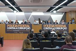 Comissão de Administração Pública - debate sobre a PEC nº 412/2009, que dispõe sobre a organização da Polícia Federal