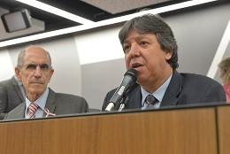 Comissão de Saúde - debate sobre o câncer de mama e o Movimento Outubro Rosa