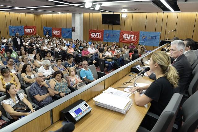 Trabalhadores da educação propõem emendas ao PLC 71/17