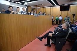 Comissão de Defesa do Consumidor e do Contribuinte - debate sobre o enfrentamento da crise hídrica no Estado