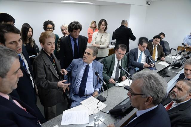 Após intensos debates nas comissões, projeto que autoriza empréstimo no limite de até R$2 bilhões recebeu aprimoramentos para seguir ao Plenário