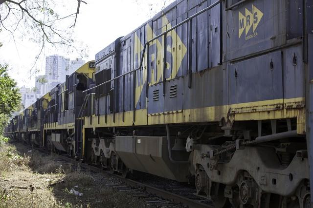 Matéria especial Ferrovias Mineiras - Conselheiro Lafaiete. Trem de carga.