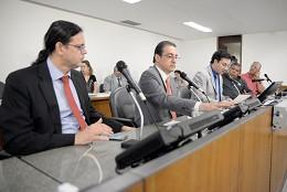 Comissão de Direitos Humanos - debate sobre as condições de trabalho dos motoristas de ônibus após a retirada dos cobradores