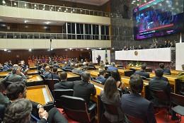 Reunião Especial - entrega do título de Cidadão Honorário do Estado de Minas Gerais a Antonio Filosa