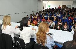 Durante encontro em Varginha, foi destacado que, apesar de serem a maioria do eleitorado, as mulheres ainda ocupam pequena parcela dos espaços de poder
