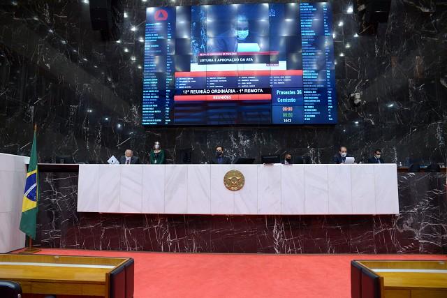 Análise de proposições na Reunião Ordinária de Plenário da tarde, realizada de forma remota em razão da pandemia de Covid-19, causada pelo coronavírus.