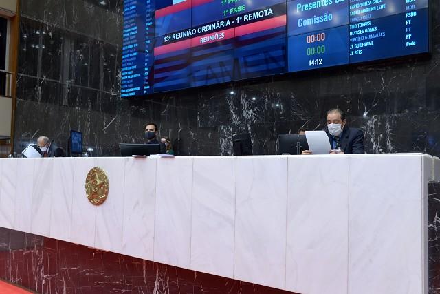 Reunião de Plenário oficializou retomada das regras e prazos normais de tramitação.