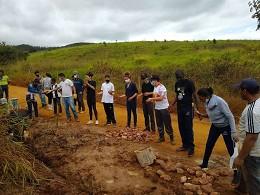 Parlamento Jovem de Minas 2021 - Estudantes participam de revitalização de nascente