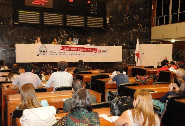 Reunião Especial no Plenário marcou a abertura das audiências de revisão do Plano Plurianual de Ação Governamental na Capital