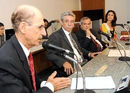 Comissão Especial da Dívida Pública - análise de proposições